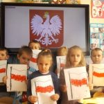 3. Prezentacja flag z wyklejanek
