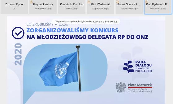 Zrzut z ekranu laptopa. Slajd przedstawia flagę Organizacji Narodów Zjednoczonych. Umieszczony jest tez tytuł: Zorganizowaliśmy konkurs na Młodzieżowego Delegata RP do ONZ.